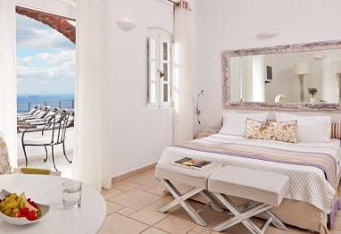 Interior of Classic Double Sea View room accommodation at San Antonio Santorini Hotel in Imerovigli