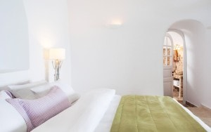 San Antonio Santorini Hotel Senior Suite sea view accommodation with king size bed in Imerovigli
